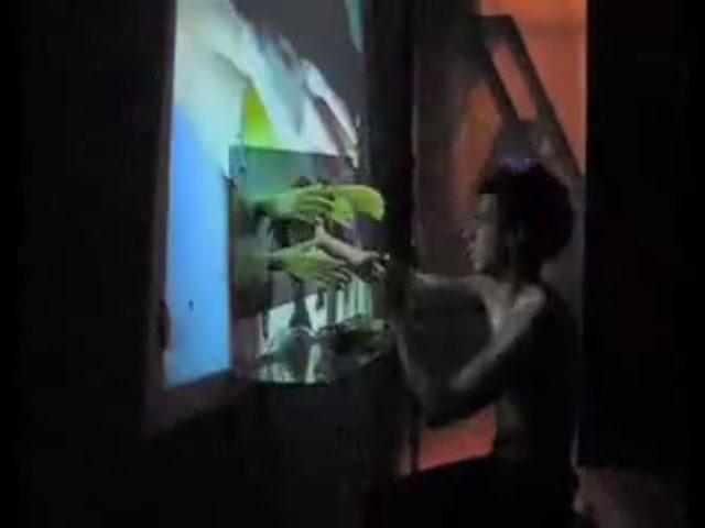 """1 – Pedro y Leonor – """"irmãos"""" 2 – José y Belén – """"Ensalada de Naranja"""" 3 – Excerto da mostra de curtas / Fragmento de la muestra de cortos 4 – Barbara Bañuelos y Nacho Martin – """"Scrapping"""""""